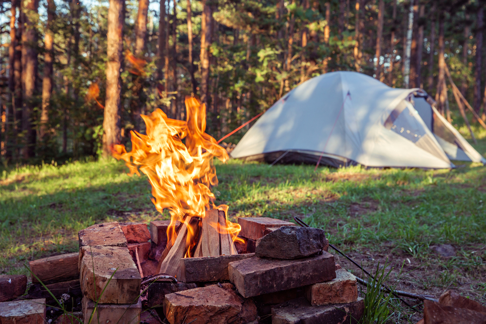 how do you heat a tent
