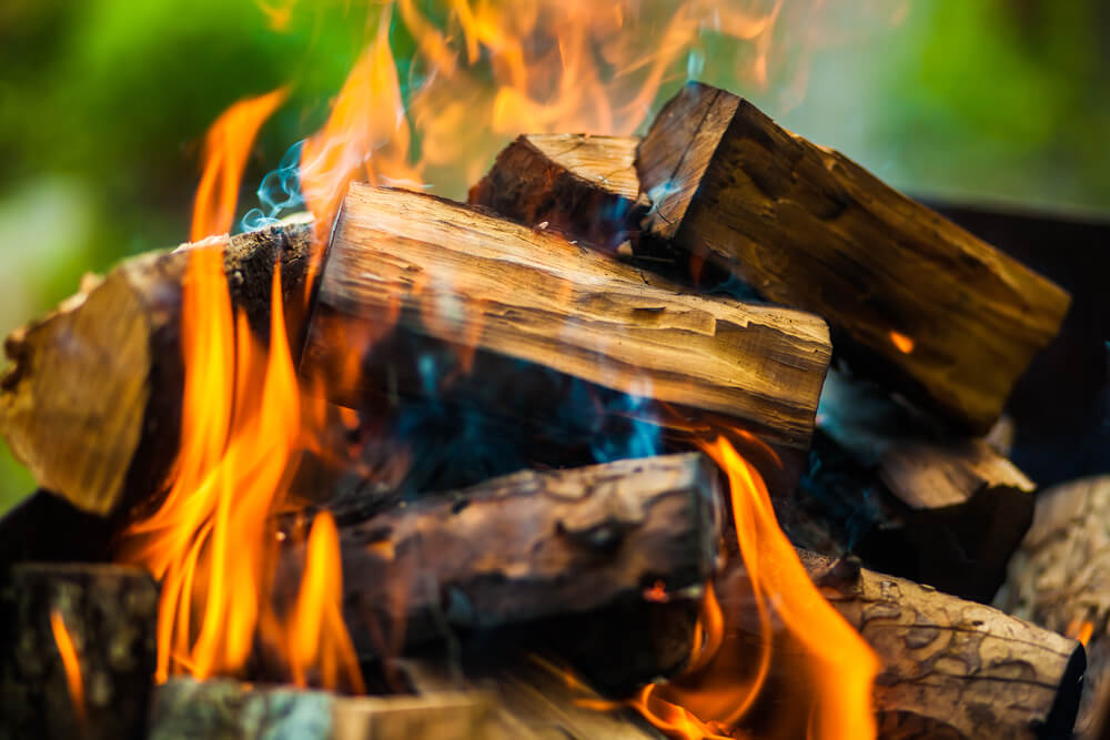 How to Burn Wood without Smoke
